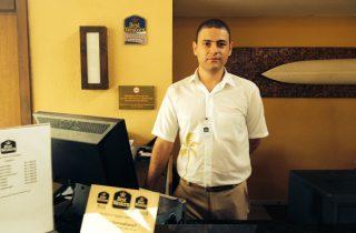 Jovem realiza sonho de trabalhar em Rede Hoteleira graças ao Conexão